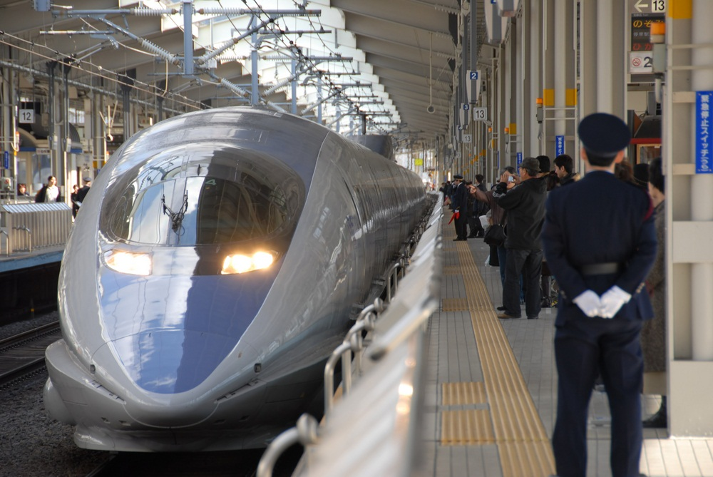 The Shinkansen Bullet Train in Japan was the world's first high-speed train. (John Leung/ Shutterstock)