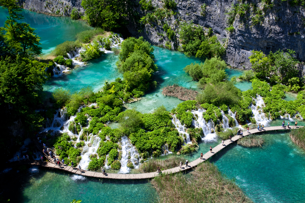 Plitvice_Lakes-National-Park