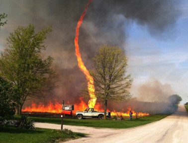 How Wind Fans Flames Into 'Firenadoes'