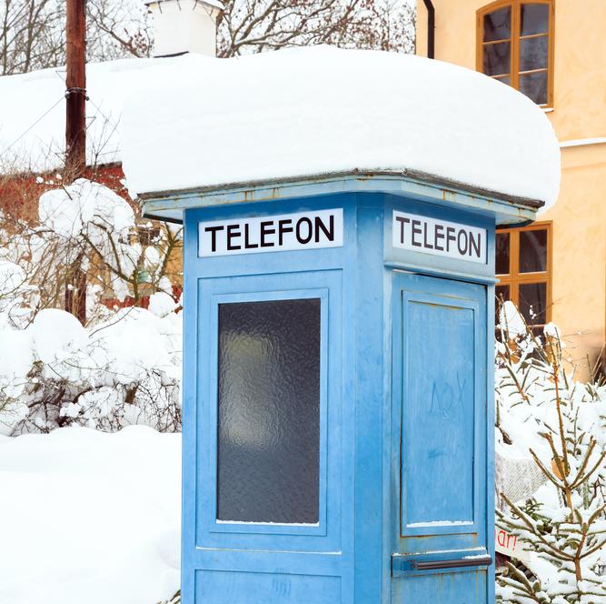 Sweden Phone_vichie81_Shutterstock