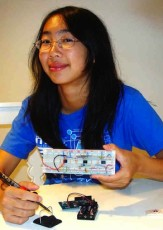 Teen Invents Bluetooth EKG to Help Keep Hearts Healthy