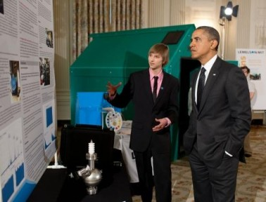 Arkansas Teen Builds Nuclear Reactor in Garage!